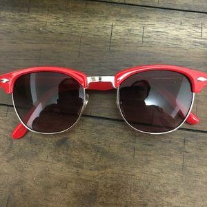 e66987b0d7 Macy s Sunglasses for Women
